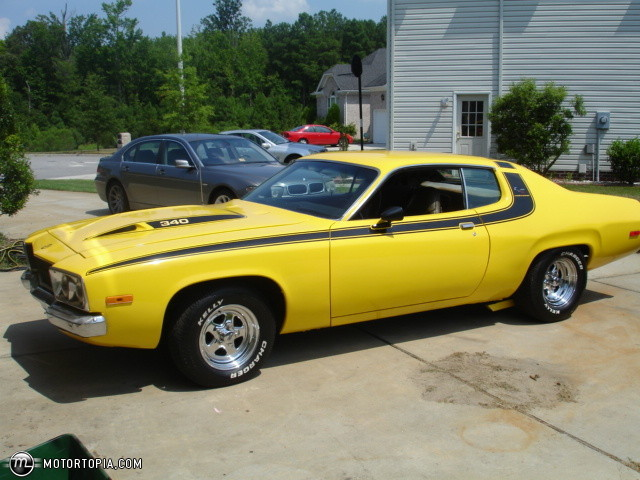 Plymouth Road Runner 340 Picture 3 Reviews News