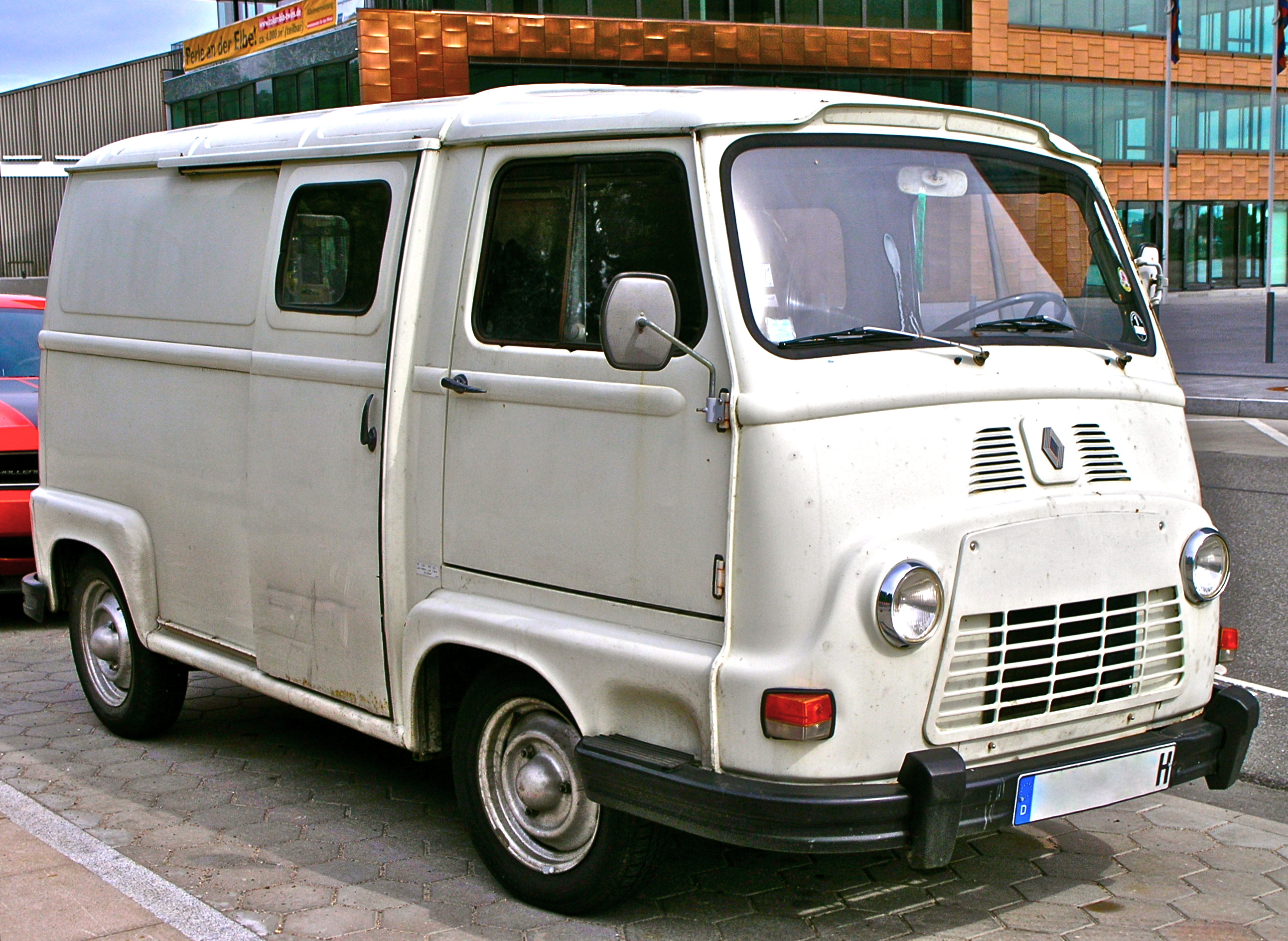 renault estafette photos news reviews specs car listings. Black Bedroom Furniture Sets. Home Design Ideas