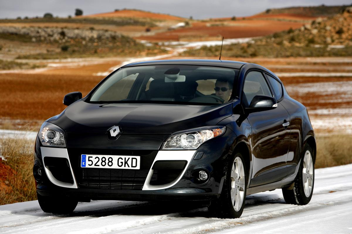 renault megane iii coupe photos news reviews specs. Black Bedroom Furniture Sets. Home Design Ideas