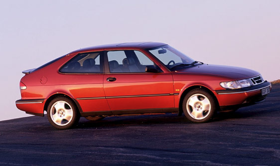 saab 900 photos news reviews specs car listings. Black Bedroom Furniture Sets. Home Design Ideas