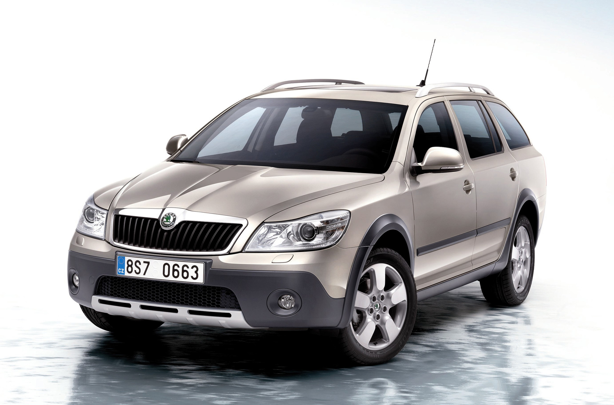 skoda octavia scout photos news reviews specs car listings. Black Bedroom Furniture Sets. Home Design Ideas