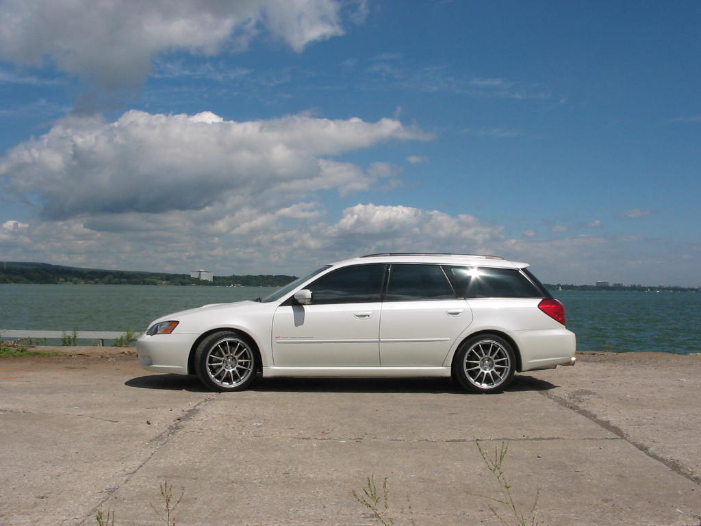 Subaru Legacy Gt Wagon Photos Reviews News Specs Buy Car
