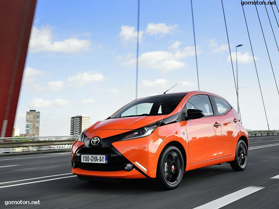 toyota aygo 2015 photos news reviews specs car listings. Black Bedroom Furniture Sets. Home Design Ideas