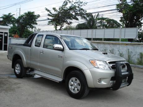 Toyota Hilux Vigo Photos Videos Specs Car Listings News .html   Autos