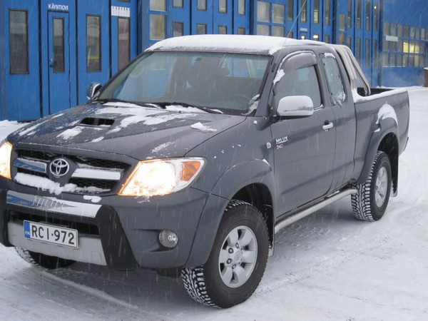 Toyota hilux xtracab 4wd picture 3 reviews news specs buy car