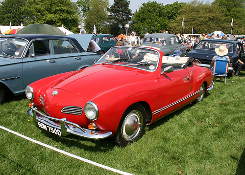 volkswagen karmann ghia cabrio photos reviews news. Black Bedroom Furniture Sets. Home Design Ideas