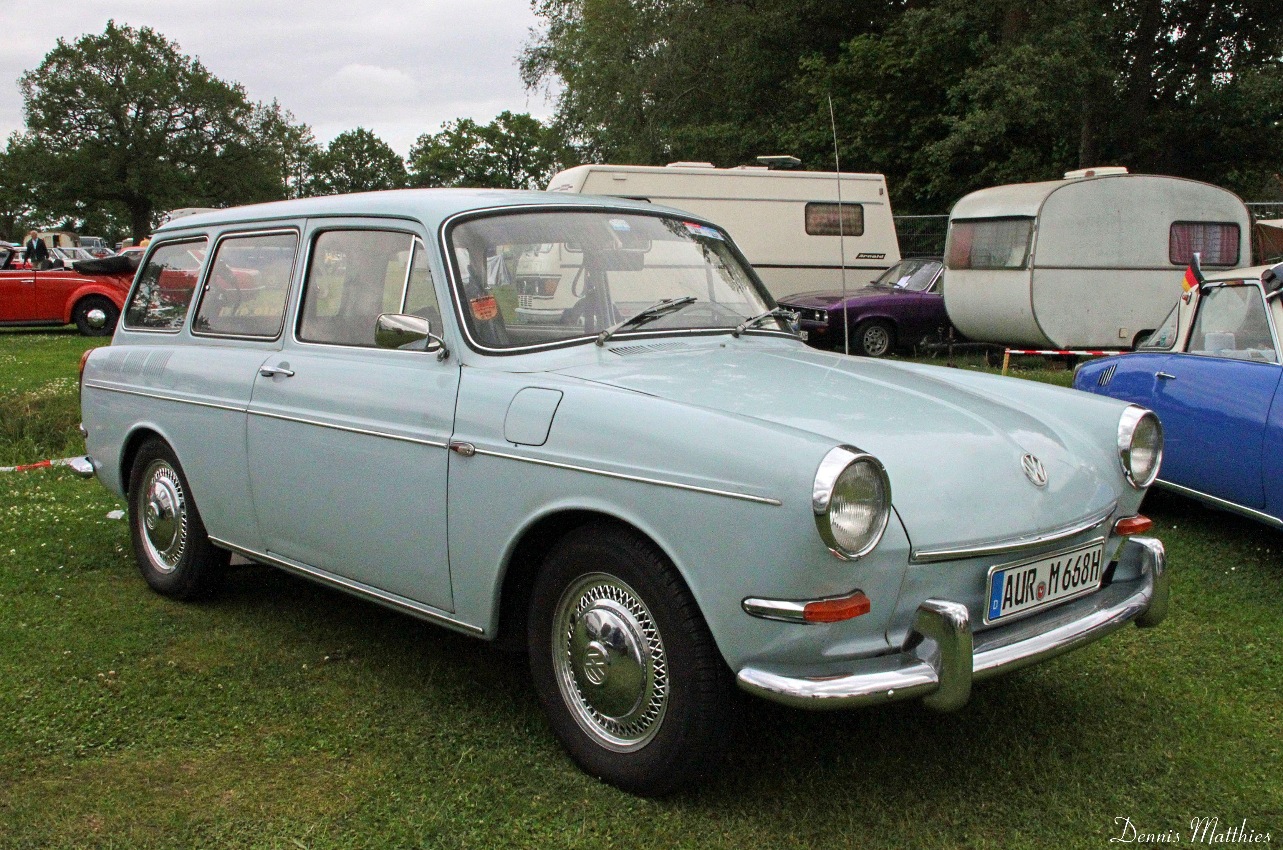 volkswagen variant 1600 l photos news reviews specs car listings. Black Bedroom Furniture Sets. Home Design Ideas