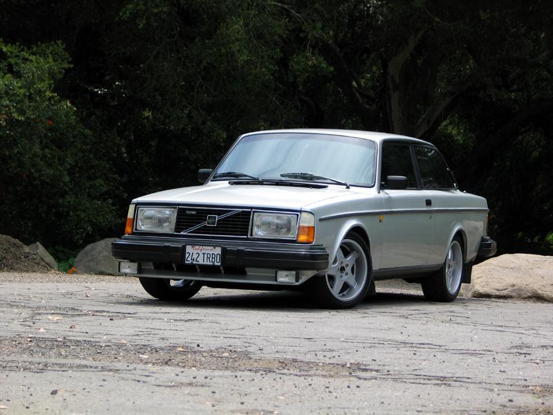 Volvo 240 Coupe 03