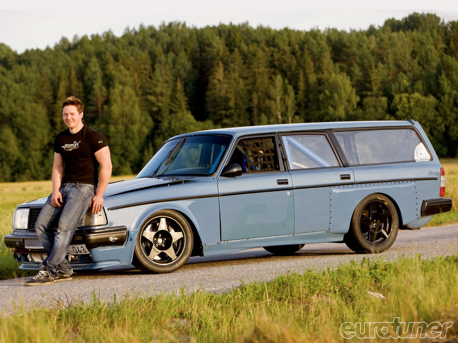 Volvo 245 Dl Wagon Picture 4 Reviews News Specs Buy Car
