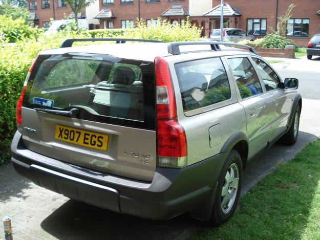 Volvo V70 XC 24 Cross Country:picture # 2 , reviews, news