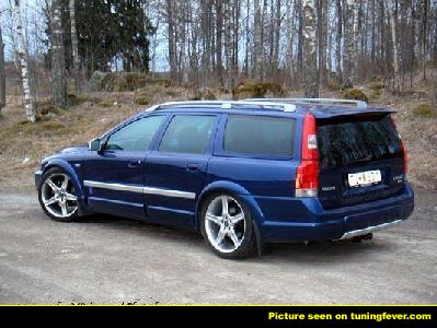volvo xc 70 20t cross country photos news reviews specs car listings. Black Bedroom Furniture Sets. Home Design Ideas
