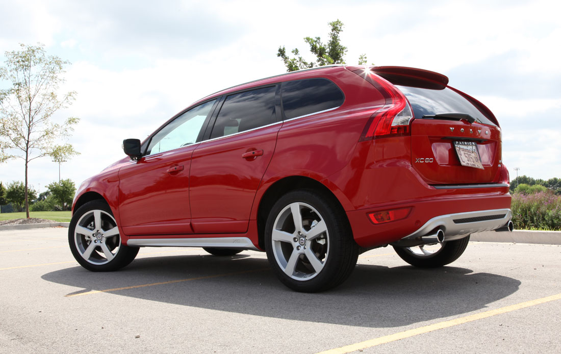 Volvo Xc60 C5 Awd Photos News Reviews Specs Car Listings