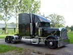 Freightliner FLD132 Classic XL