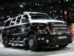 Ford F-650 dual cab truck