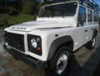 Land Rover Defender Cross Country