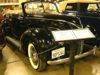 Ford Model 81A V8 Deluxe Phaeton