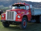 International Harvester 1800 Loadstar