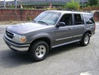 Ford Explorer XL