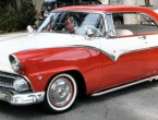 Ford Fairlane 2dr HT