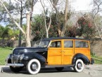 Ford Deluxe Woody