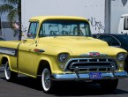 Chevrolet 3124 Cameo Pickup