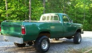 Dodge Power Wagon D-200