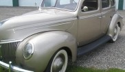 Ford 4dr deluxe