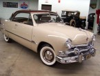 Ford Custom De Luxe 2dr