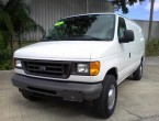 Ford E-250 Super Van