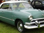 Ford Victoria 2-dr HT