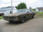 Oldsmobile Cutlass 2dr HT