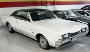 Oldsmobile Cutlass 442 2dr HT