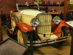 Studebaker FD Commander Roadster for 4