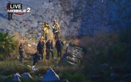 ​3 dead, 1 hurt after car plunges into L.A. riverbed
