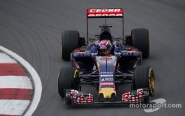 Verstappen pins race hopes on safety car