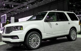 Lincoln has announced prices for its new Navigator model