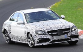 The first spy photos of the 2017 Mercedes E63 in the AMG version