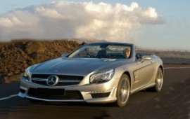 Mercedes launches the twin turbocharged SL400
