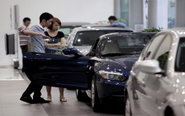 This August – the ideal time to buy luxury cars