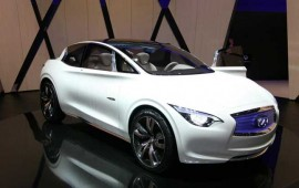 Infiniti Q30 for young drivers