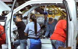 Ford, UAW resolve dispute at F-150 plant, ending strike threat