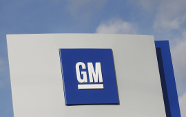 GM says owners of fire-prone cars shouldn't park in garages
